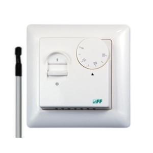 RT-824. Регулятор температуры.